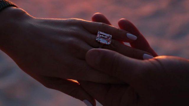Jennifer López anillo de compromiso
