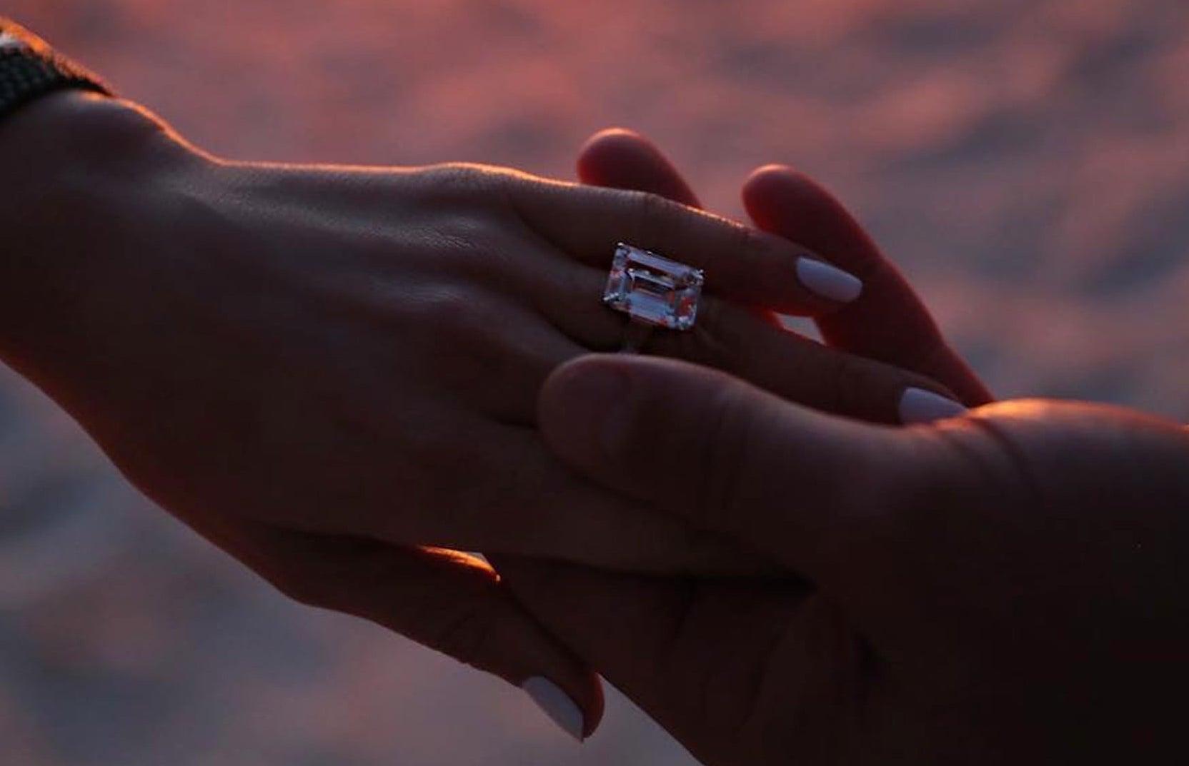 Descubre cuánto cuesta el anillo de compromiso de Jennifer López