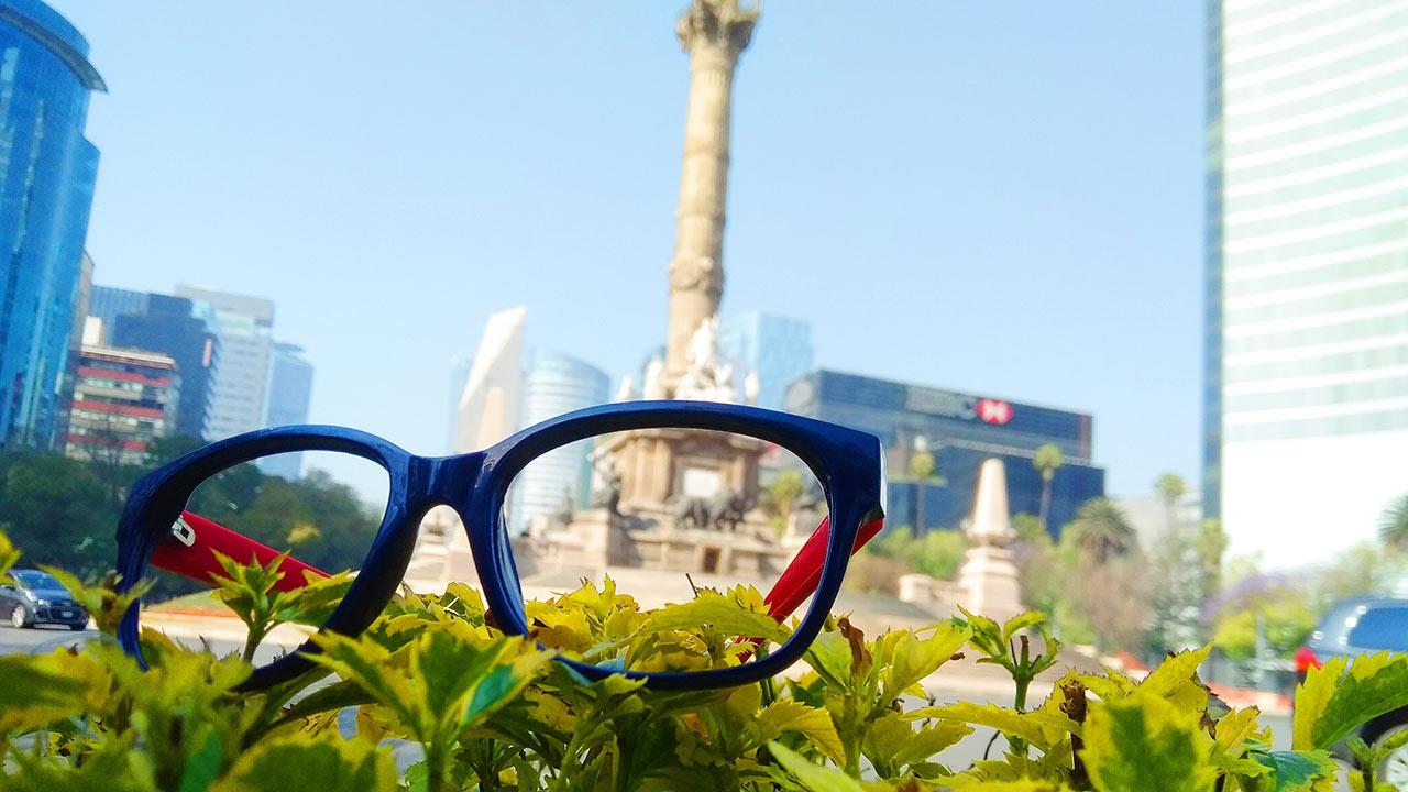 Leo Spina, la marca de lentes que mira hacia el PET como materia prima
