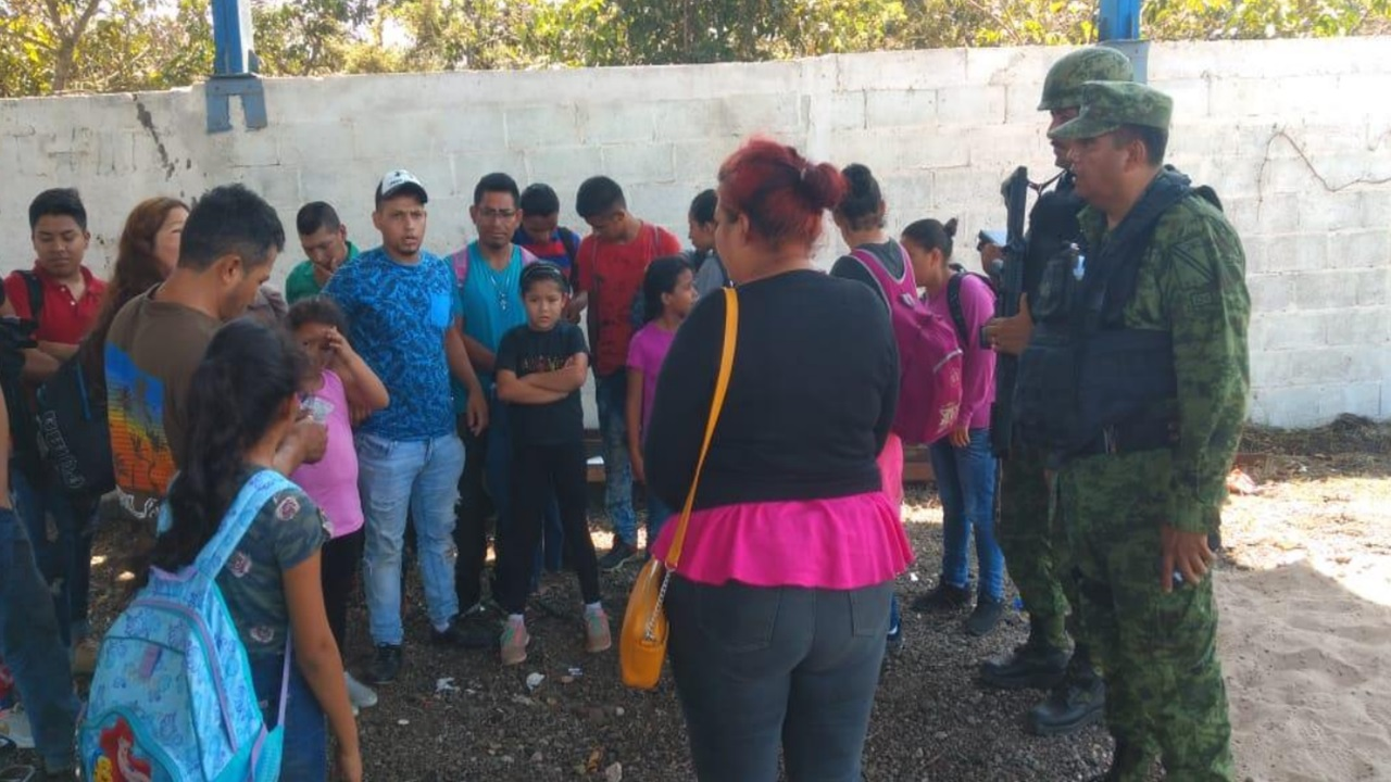 Ejército rescata a 34 migrantes en Altamira, Tamaulipas