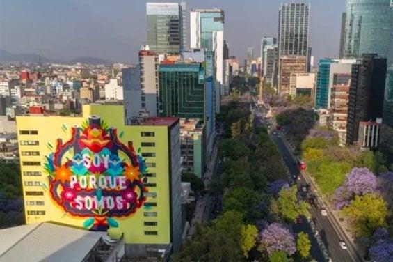 Estos murales gigantes ayudan a limpiar el aire de la CDMX
