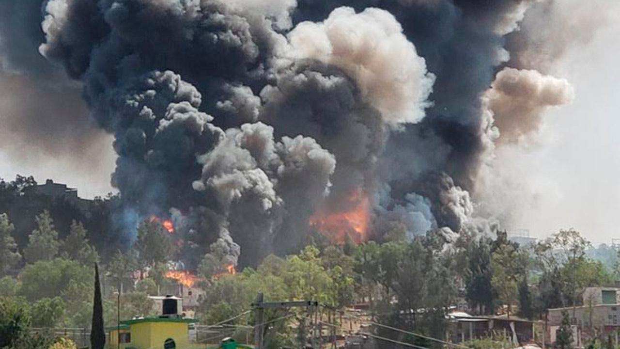 Reportan explosión de polvorín en Chimalhuacán