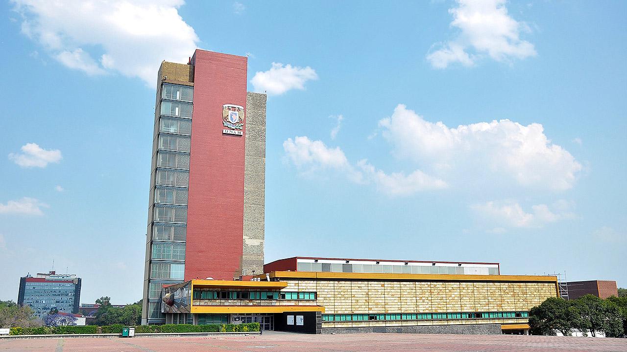 Anarquistas vandalizan Torre de Rectoría de la UNAM