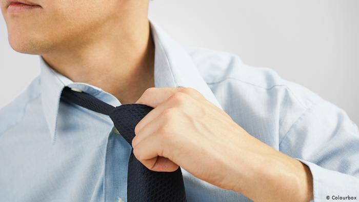 ¿Se despide Wall Street de la corbata?