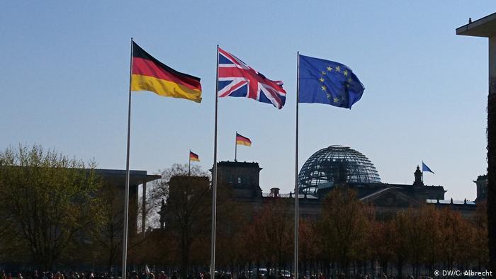 Análisis | El caos del Brexit continúa amenazando