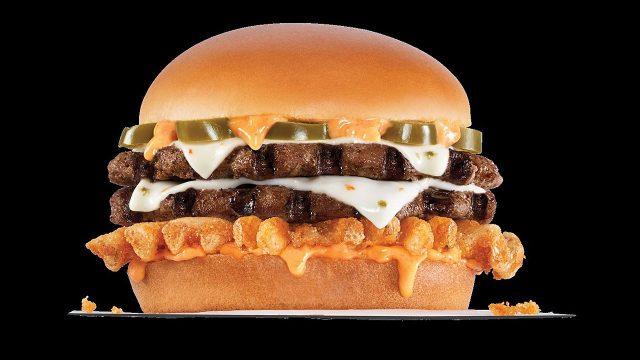 Ahora los monchis son primero... Carl's Jr tendrá hamburguesa con Cannabis