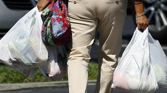 Establecimientos comerciales de Puebla dejarán de suministrar bolsas plásticas para 2020.