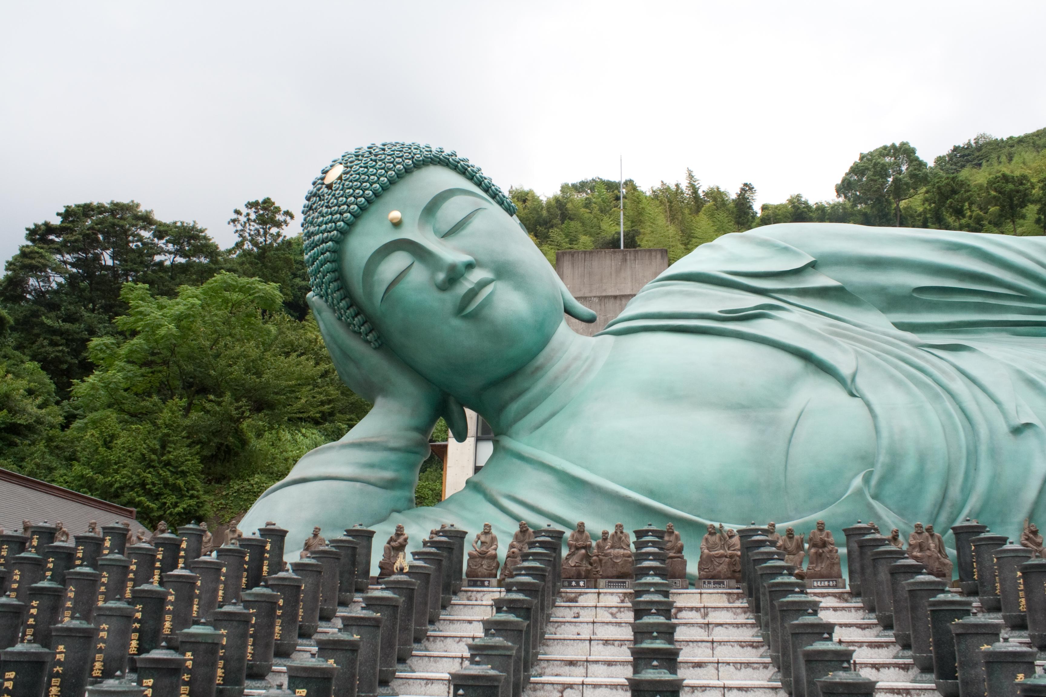 El turista mal portado amenaza al turismo global y la industria tiene algo de culpa