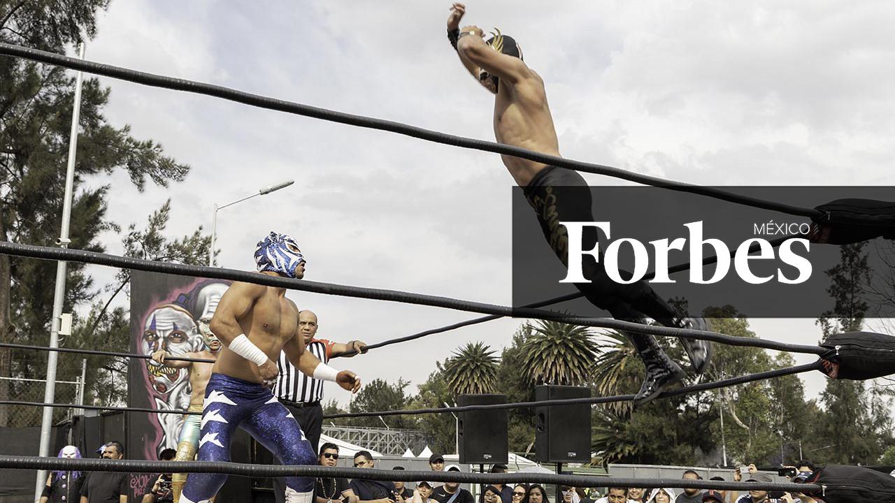 AAA se levanta de sus caídas y ahora lucha por más audiencias