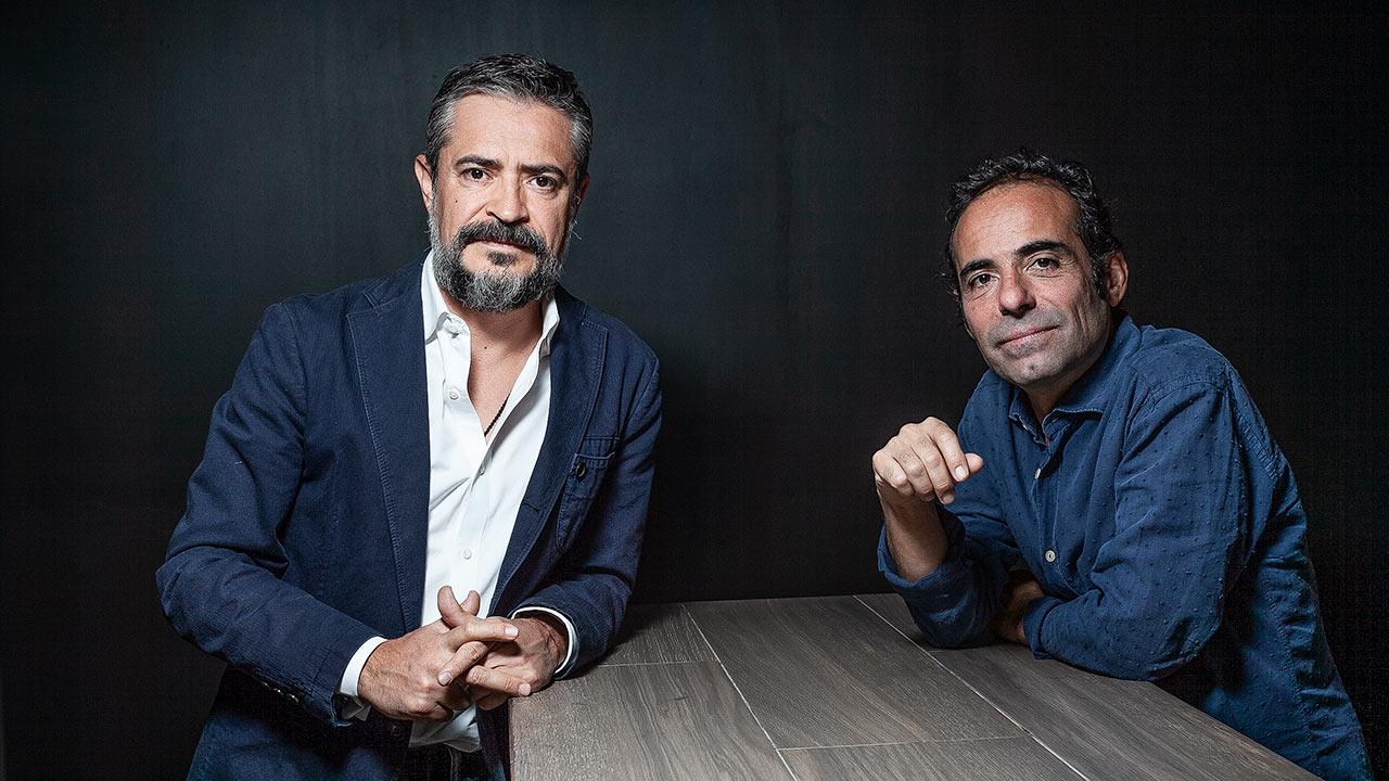 Dos mexicanos crean la 'Embajada del mezcal' en Ibiza