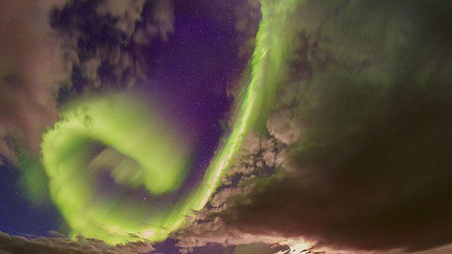 Imagen por Juan Carlos Casado (TWAN, StarryEarth) via NASA