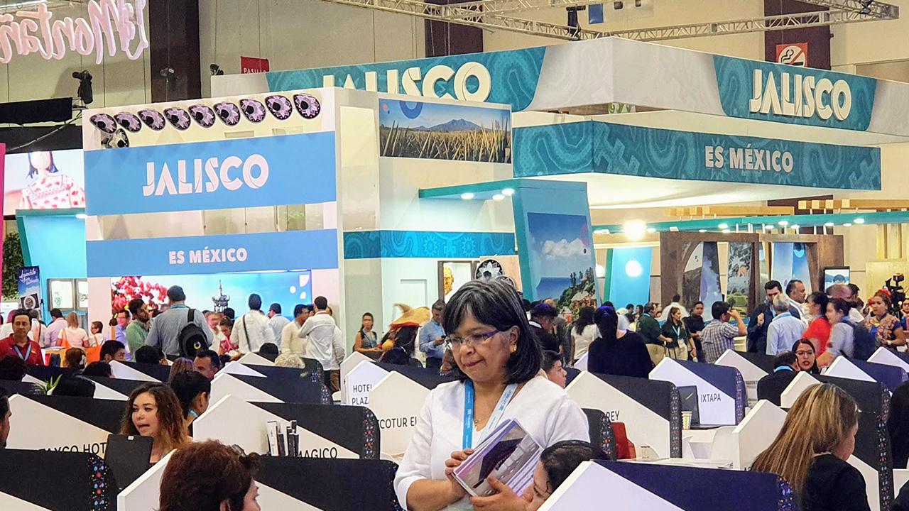 Jalisco forma alianzas con aerolíneas para atraer a más visitantes