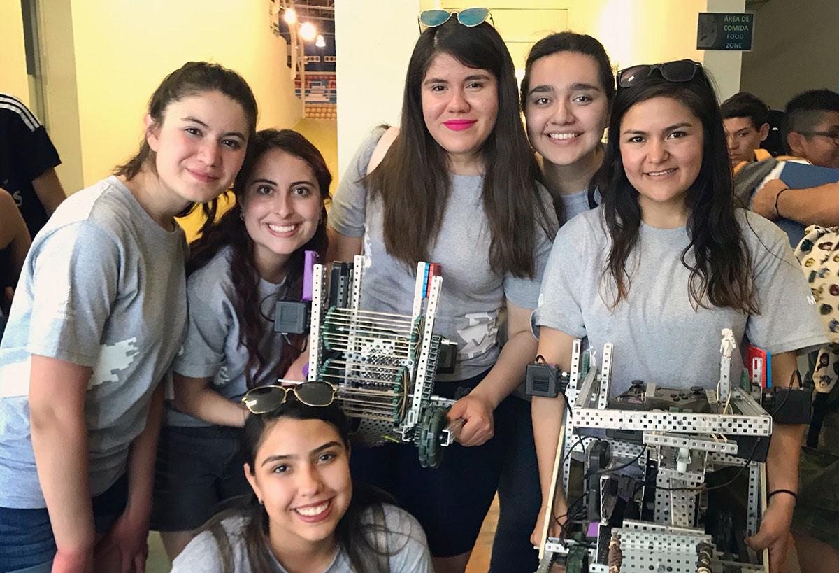 Girl Power a la mexicana: ellas buscan conquistar el mundo con sus robots