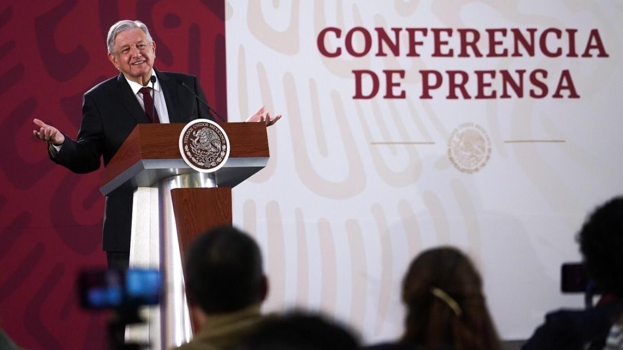 López Obrador nombra a nuevos comisionados de la CRE