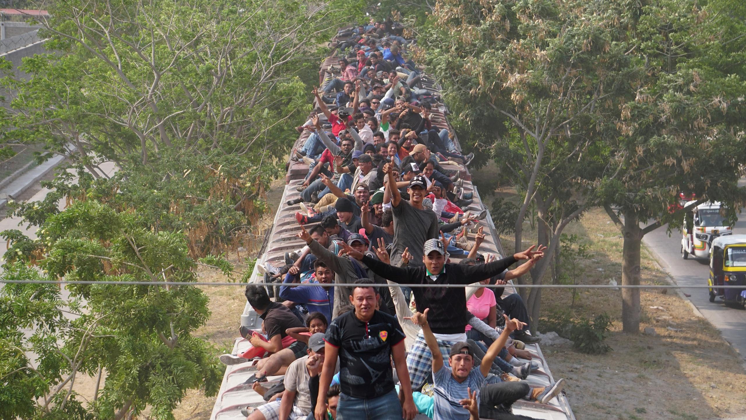 Ebrard confirma rescate de 785 migrantes en Veracruz
