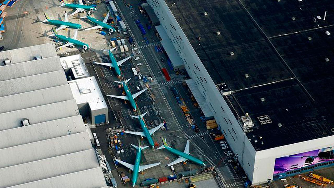 La millonaria lucha de las aerolíneas por mantener sus aviones Boeing 737 MAX