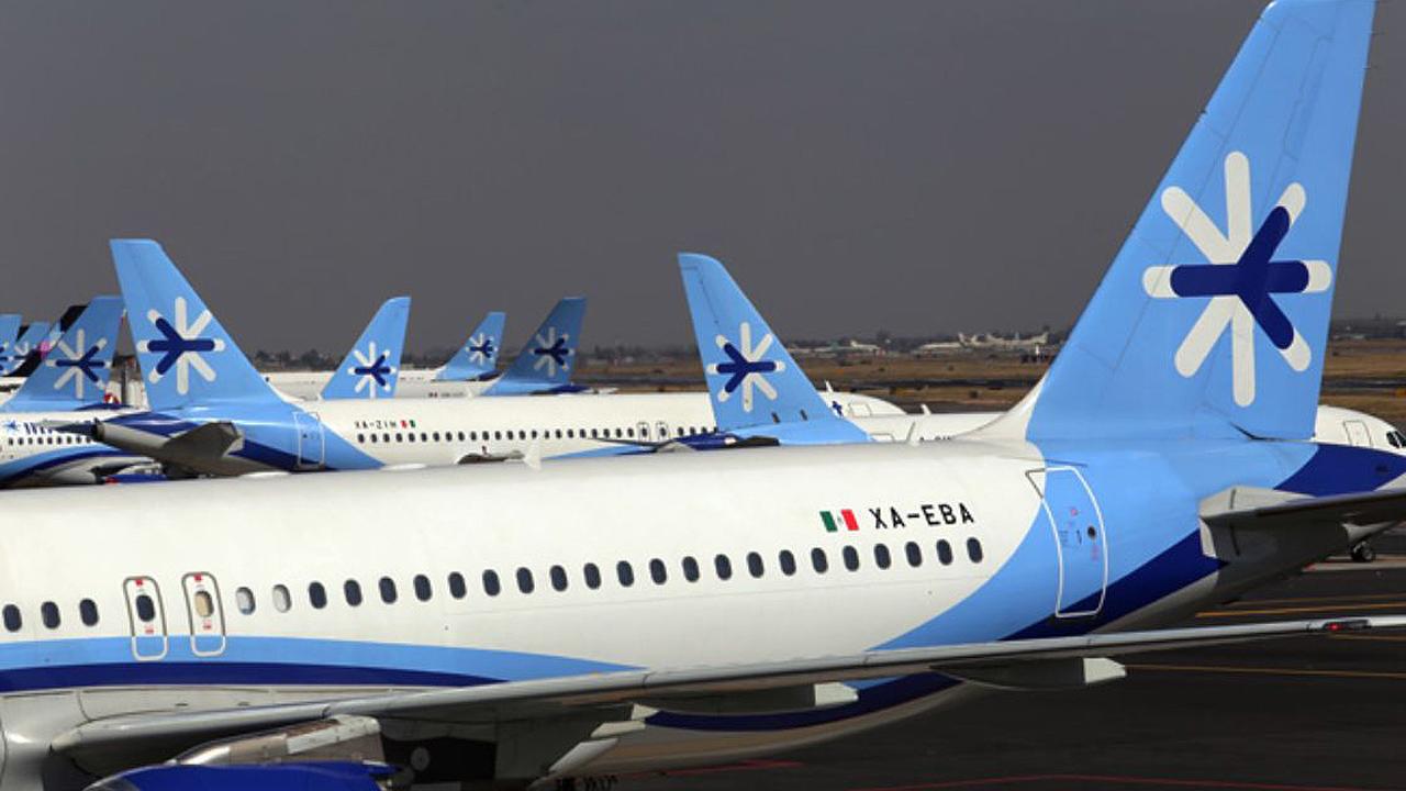Aeroméxico y Volaris buscan a los clientes de Interjet tras vuelos cancelados