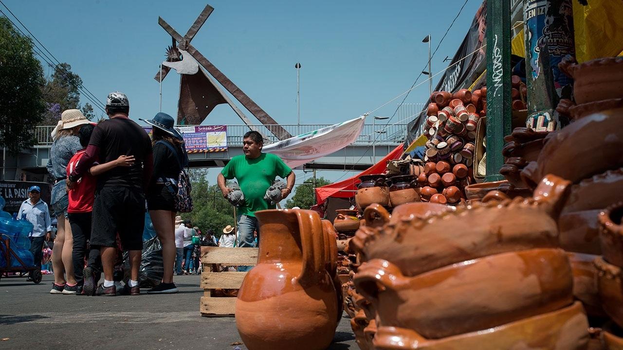 Aumentan las ventas en Iztapalapa 'gracias a Dios'
