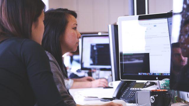 """Wikimujeres es un proyecto que busca la insersión de las escritoras en la plataforma por medio de """"Editatonas""""."""