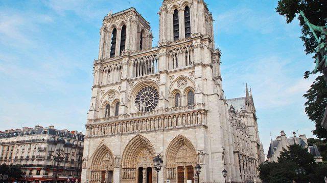 Notre Dame marcas de lujo