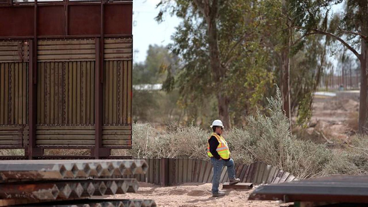 Trump asegura que EU está desbordado por la llegada de indocumentados