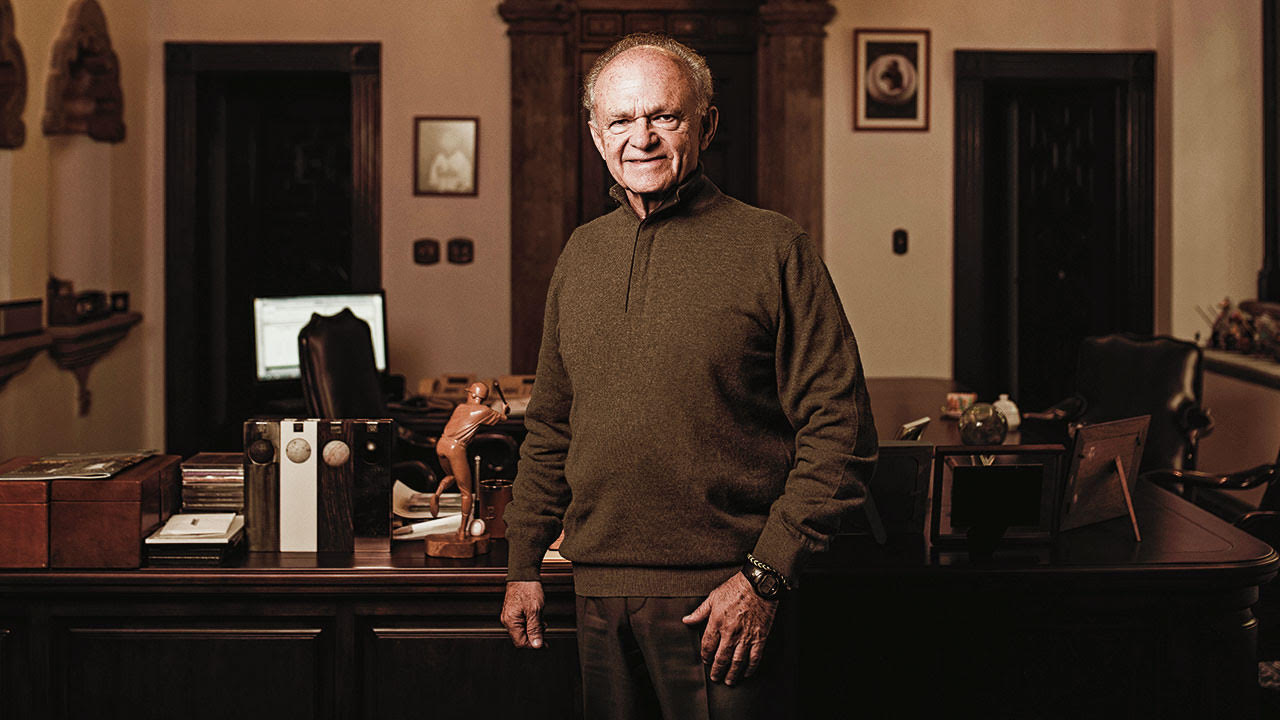 #27 Alfredo Harp: uno de los motores para el desempeño de la economía