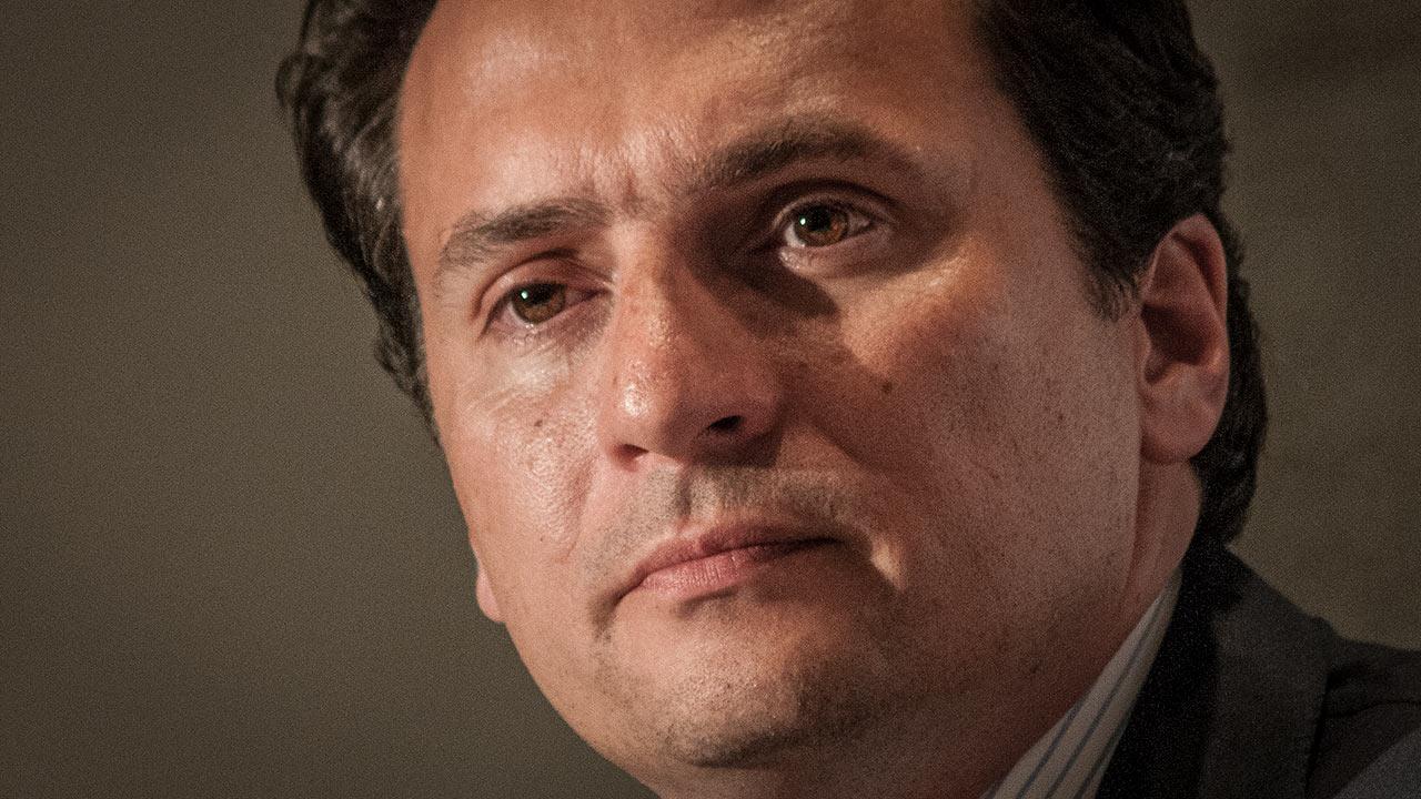 Acusa FGR a Emilio Lozoya de tres delitos, entre ellos, delincuencia organizada