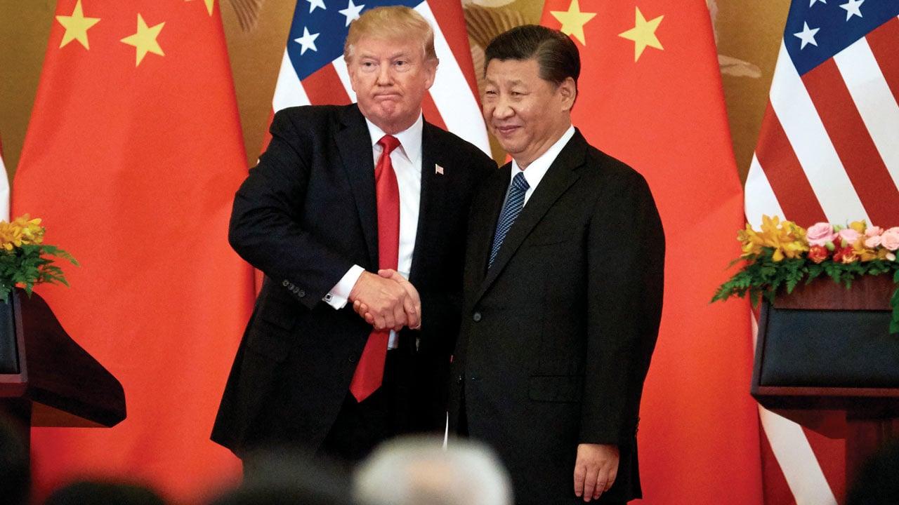 Trump dice que desaceleración presiona a China para lograr acuerdo comercial