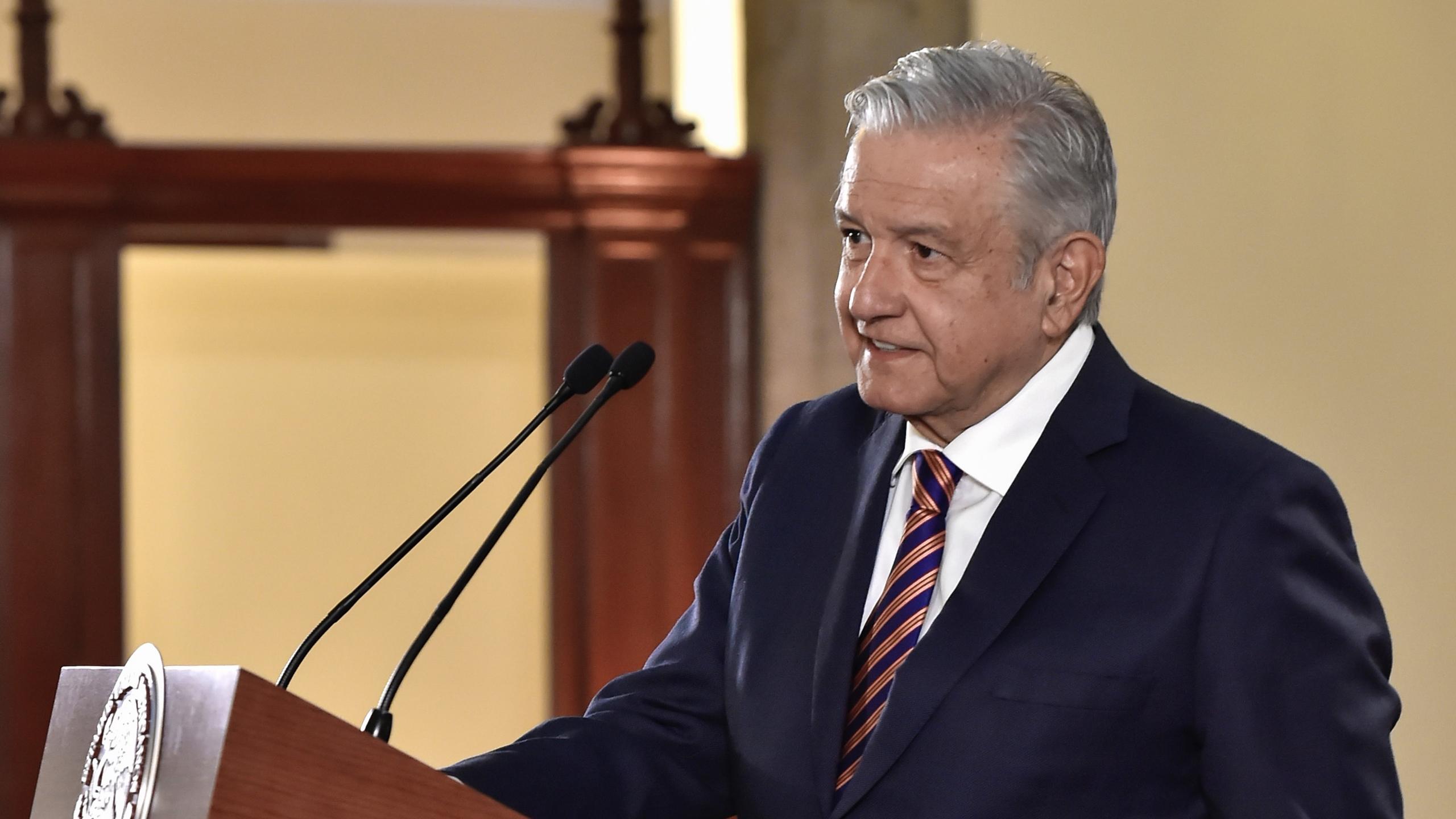 Decidimos no usar dinero del fondo de estabilización para apoyar Pemex: AMLO