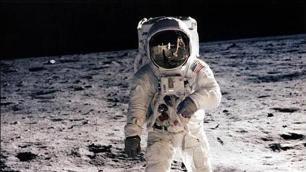 Por 9 mdd podrías tener el manual de cómo aterrizar en la luna
