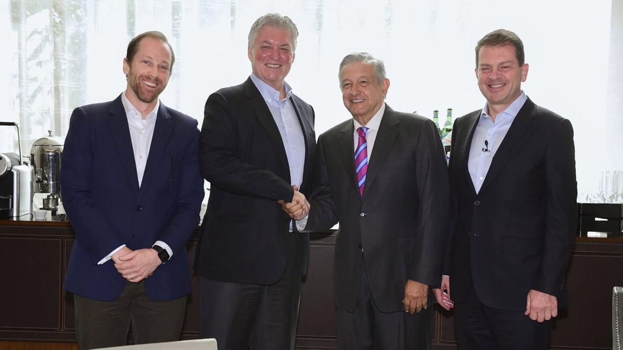 Bank of America ofrece invertir en México; AMLO presume confianza