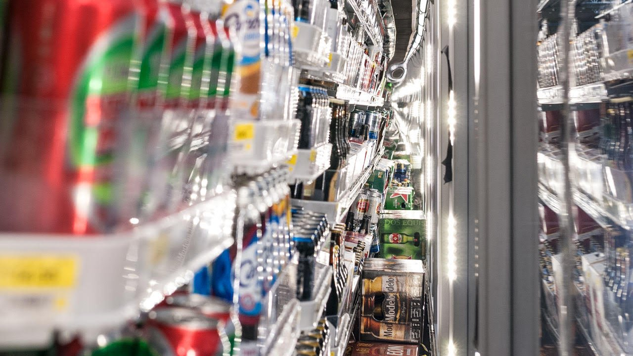 80% de pequeños comercios están en desacuerdo con más impuestos a bebidas y cigarros