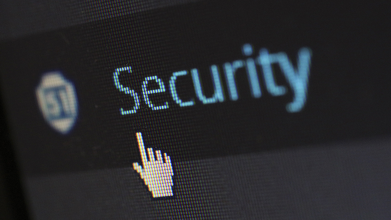 Ciberseguridad y democracia: cómo respaldar la seguridad electoral con el apoyo de la tecnología
