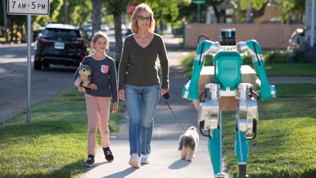 Este es Digit, el robot de Ford que entrega paquetes a domicilio