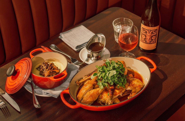 Qué pedir en Frenchette, el Mejor Nuevo Restaurante de Estados Unidos
