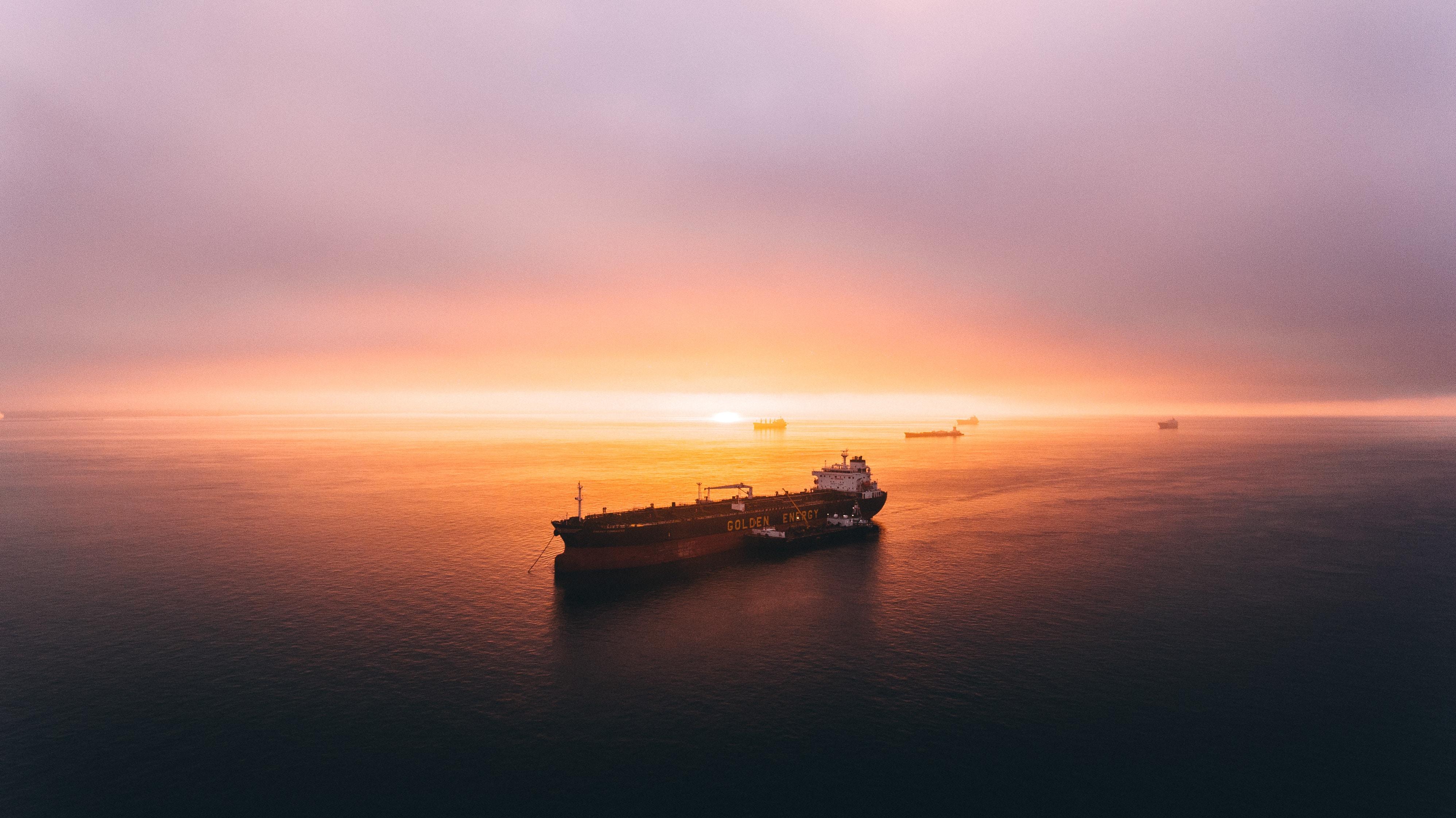 El mal clima retrasó la descarga de buques con gasolina en Tuxpan: Pemex