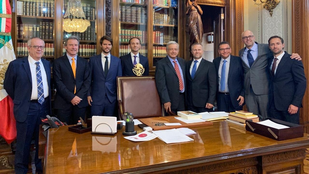 AMLO recibe al director de Ikea; destaca confianza en el país