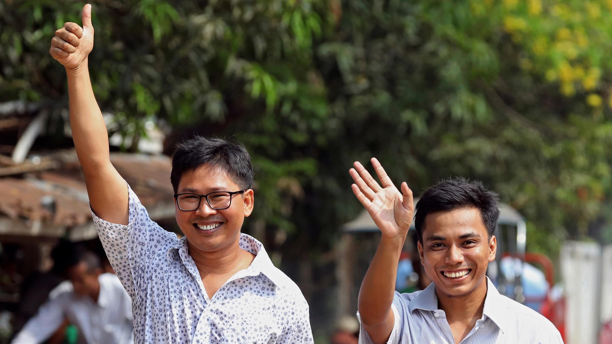 Myanmar libera a periodistas de Reuters detenidos desde fines de 2017