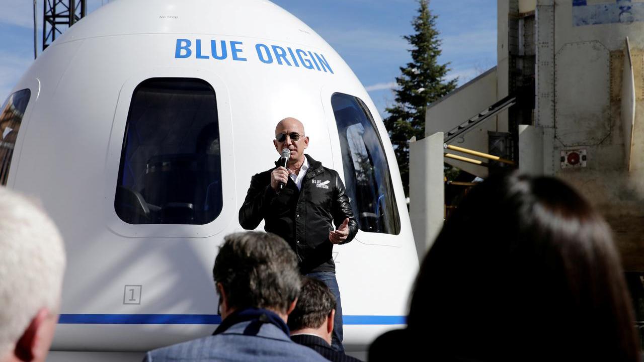 Jeff Bezos presenta módulo espacial para misiones a la Luna
