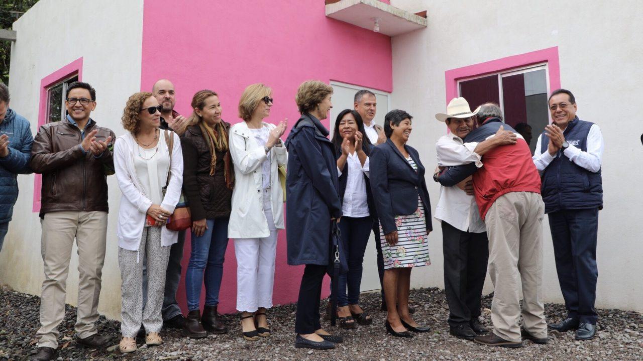Fundación Jenkins entrega 315 casas a damnificados por sismos en Puebla