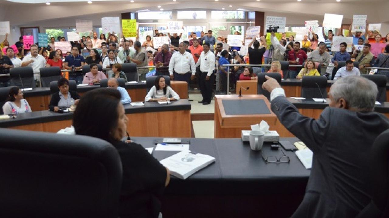 BCS aprueba matrimonio igualitario, pese a 'excusas legislativas'