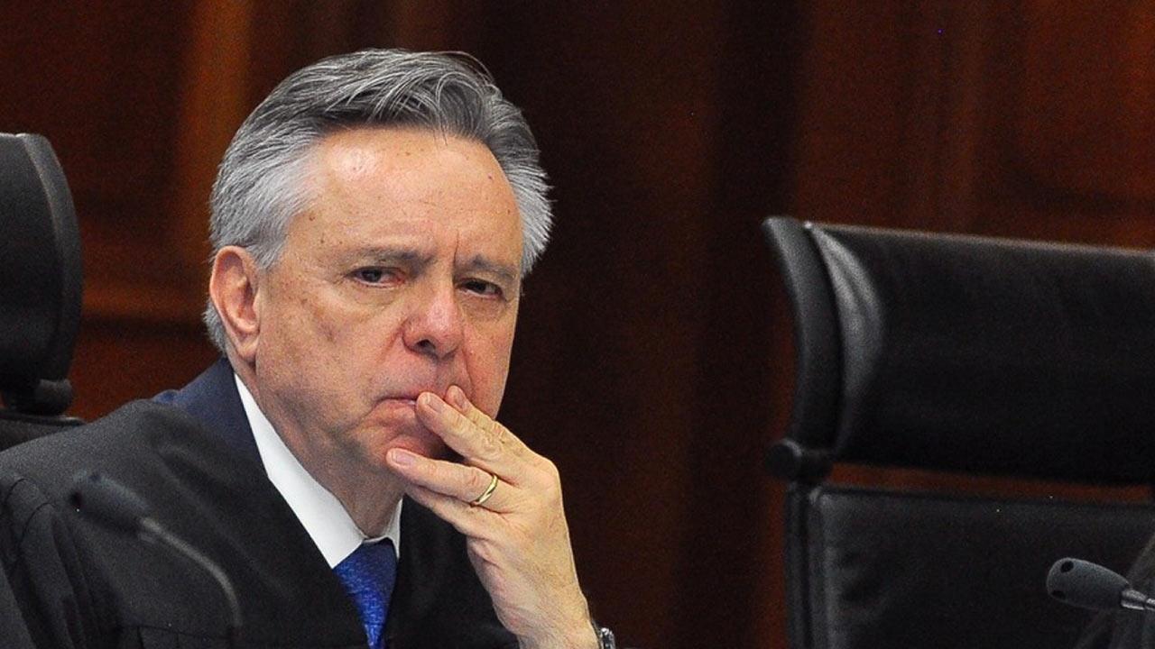 Aprueban en el Senado renuncia a la SCJN de Medina Mora