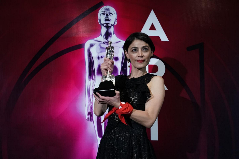 Entre consignas, premian a los ganadores de los Premios Ariel 2019