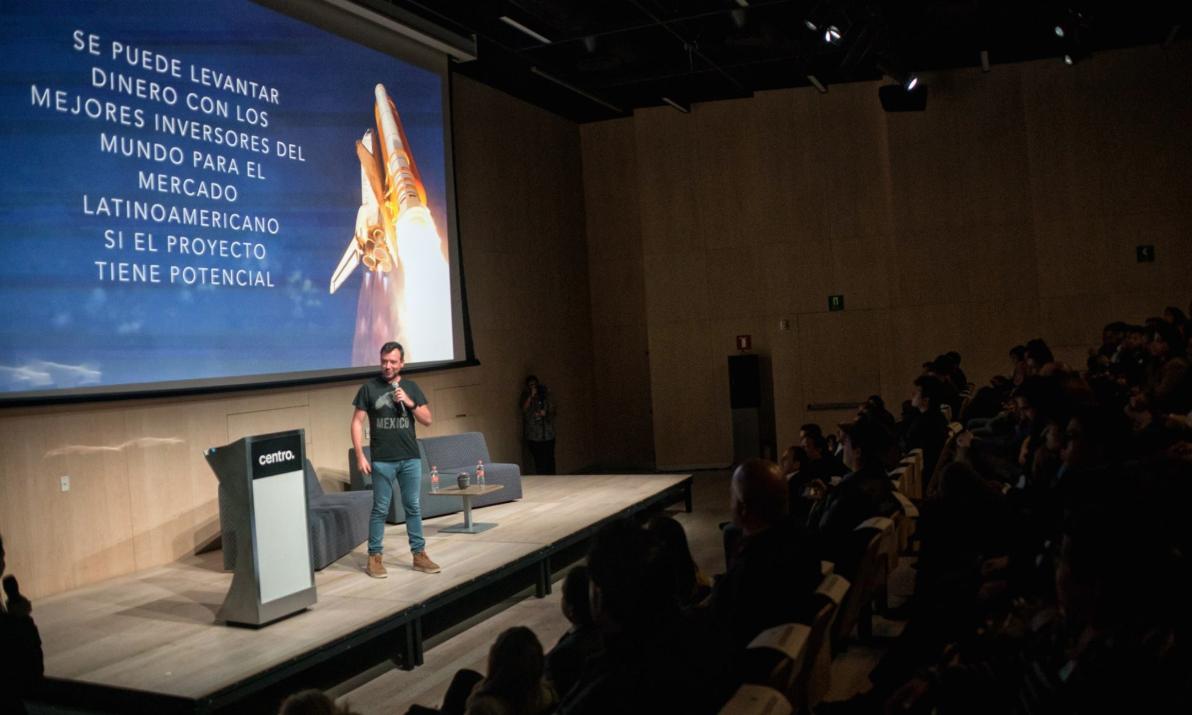 ASEM y Facebook lanzan cursos en línea para emprendedores