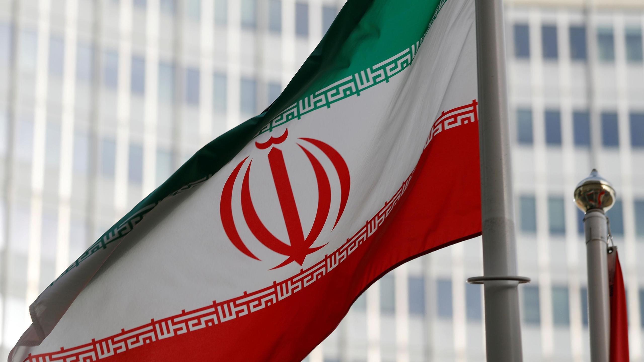 Irán advierte que guerra podría extenderse por el Golfo Pérsico