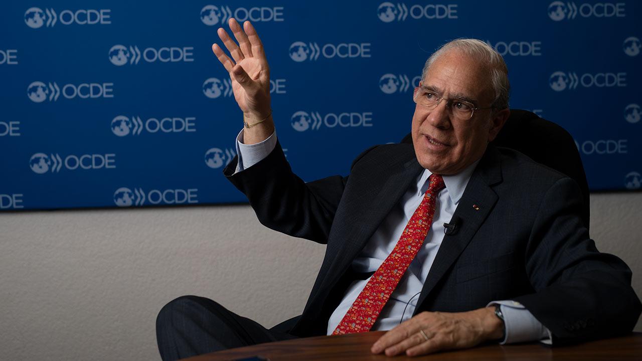 Diez candidatos buscarán suceder a Gurría al frente de la OCDE