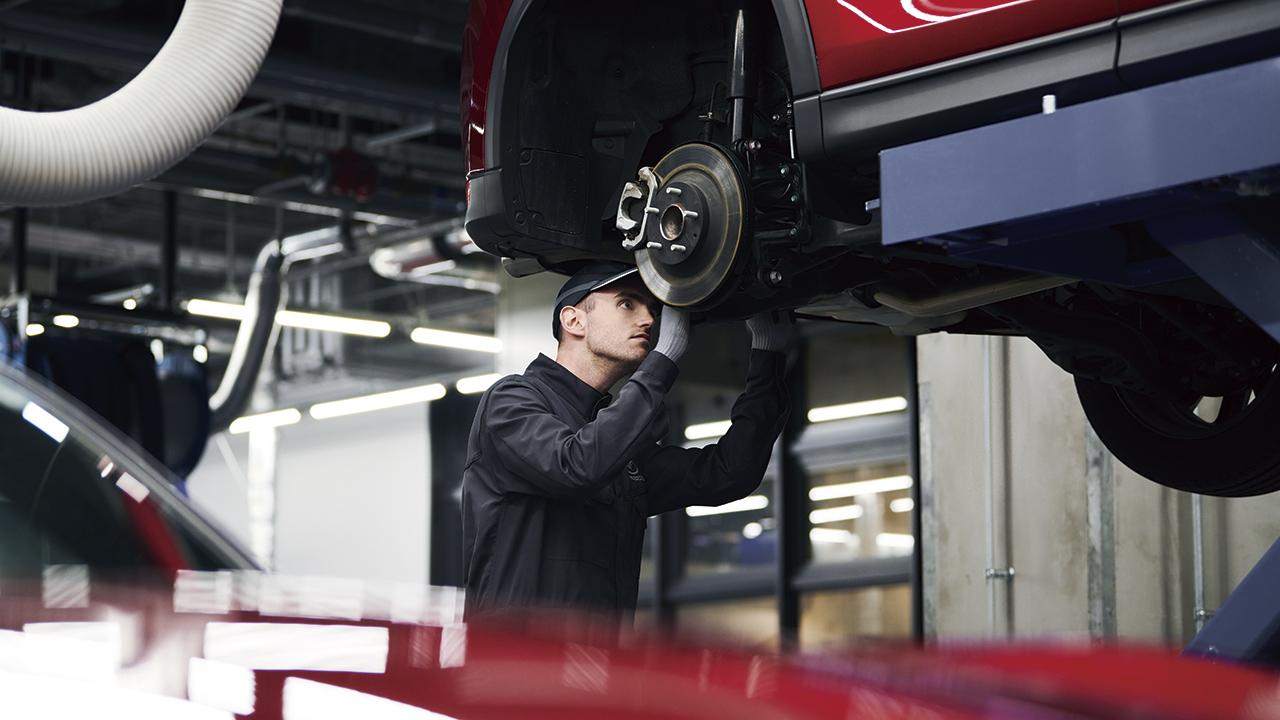 Mazda y la maestría de mantenimiento en 45 minutos