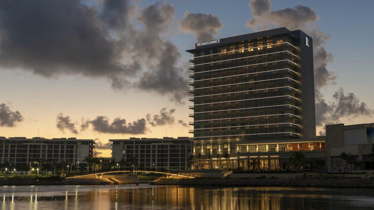 Renaissance celebra la apertura de su primer hotel en México