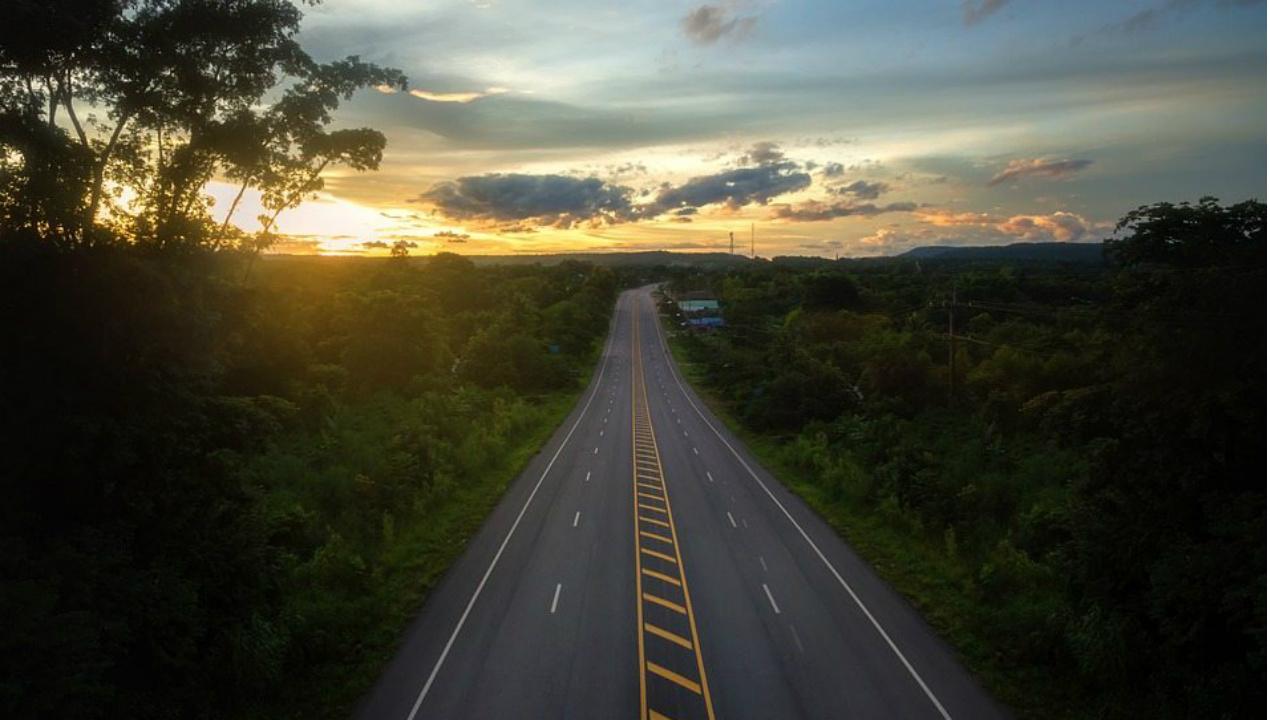 Pobreza e incierto futuro de los caminos rurales