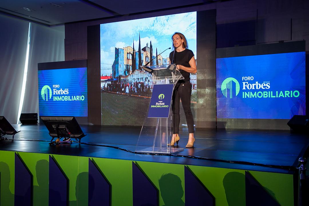 Falta de vivienda, causante de los problemas urbanos: Tatiana Bilbao